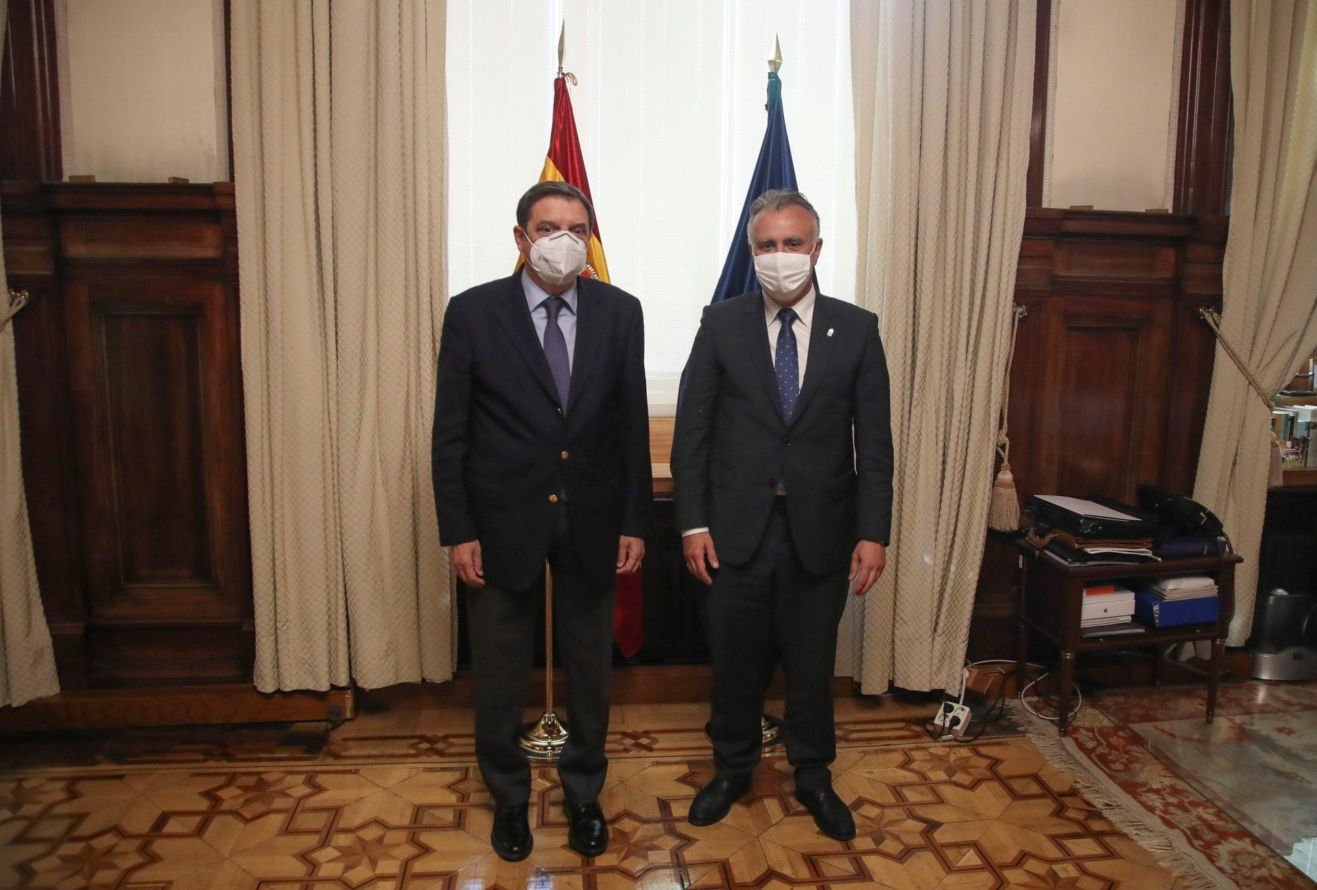 Planas recibe al presidente de Canarias para abordar sector primario insular