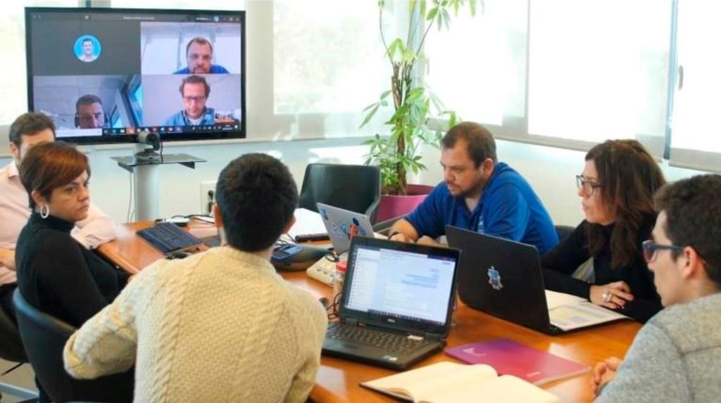 Un encuentro analiza el impacto ético de medir la huella digital de los trabajadores