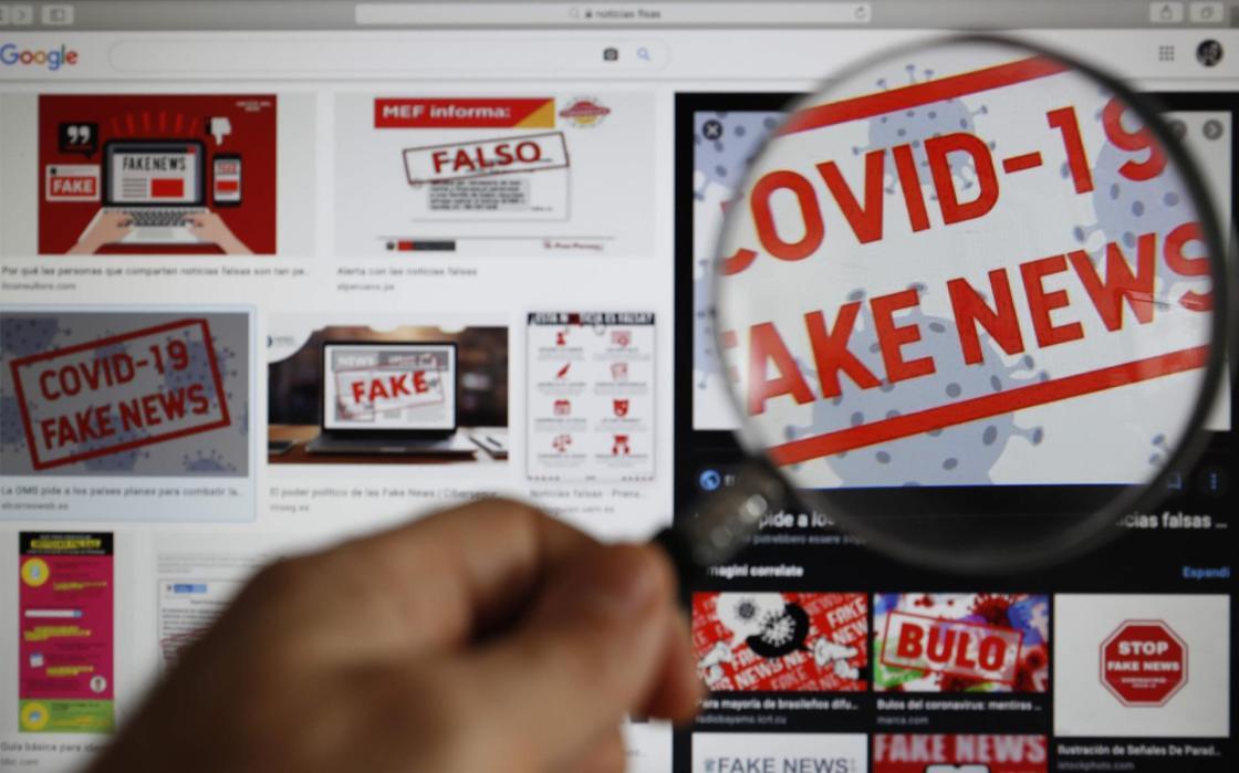 Imagen de la pantalla de un ordenador con un aviso de noticias falsas. EFE/Paolo Aguilar/Archivo