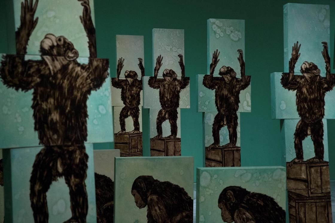 Vista de algunas obras que forman parte de la exposición 'Marginalias' de la artista estadounidense Ida Applebroog en el Museo Reina Sofía durante el pase de prensa celebrado este lunes. La exposición podrá verse del 2 de junio al 27 de septiembre. EFE/Luca Piergiovanni