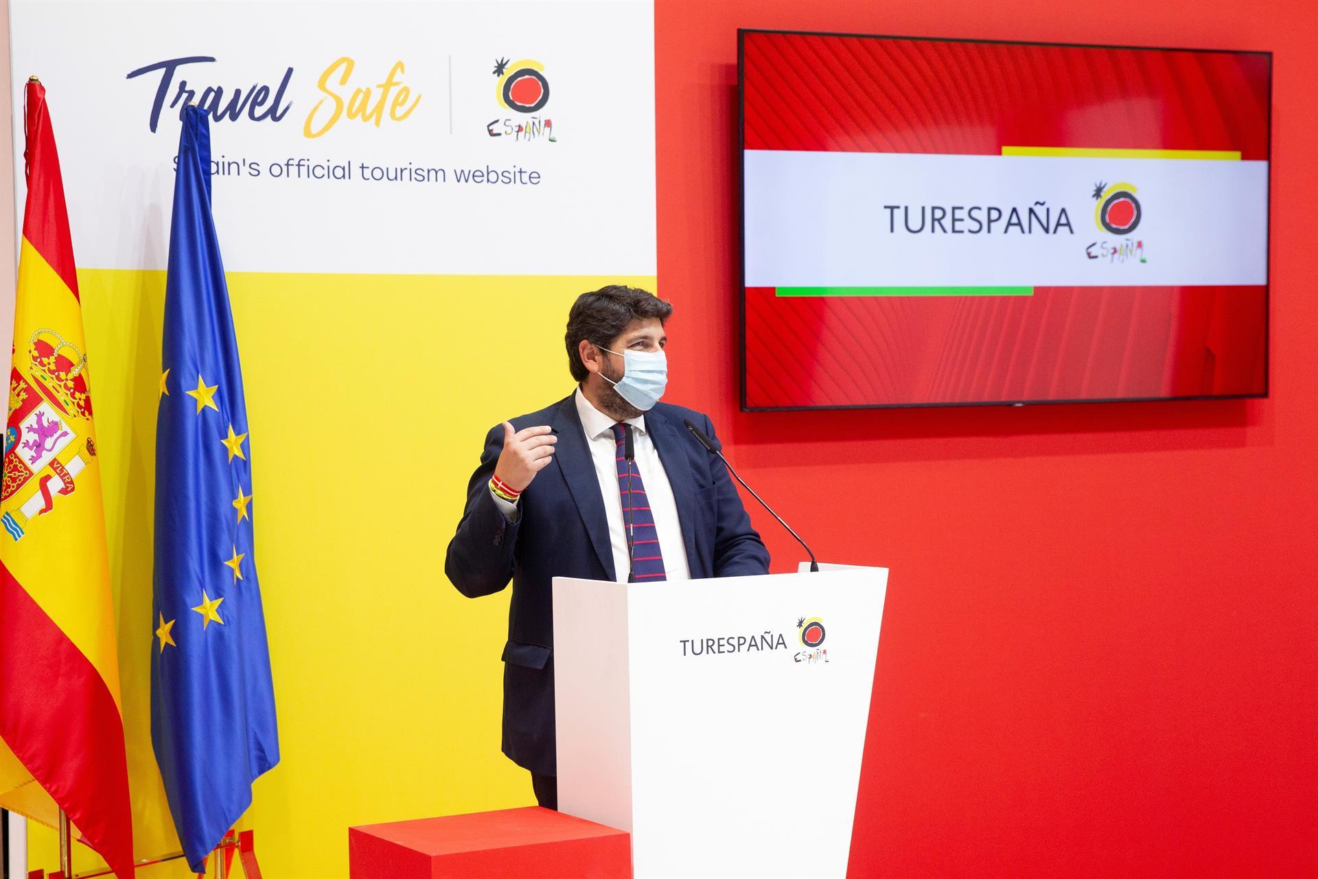 MADRID, 20/05/2021.- El presidente de la Región de Murcia, Fernando López Miras, durante su intervención en su visita al stand del Instituto de Turismo de España (Turespaña) en la Feria Internacional de Turismo, FITUR, 2021. EFE/ Javier Liaño