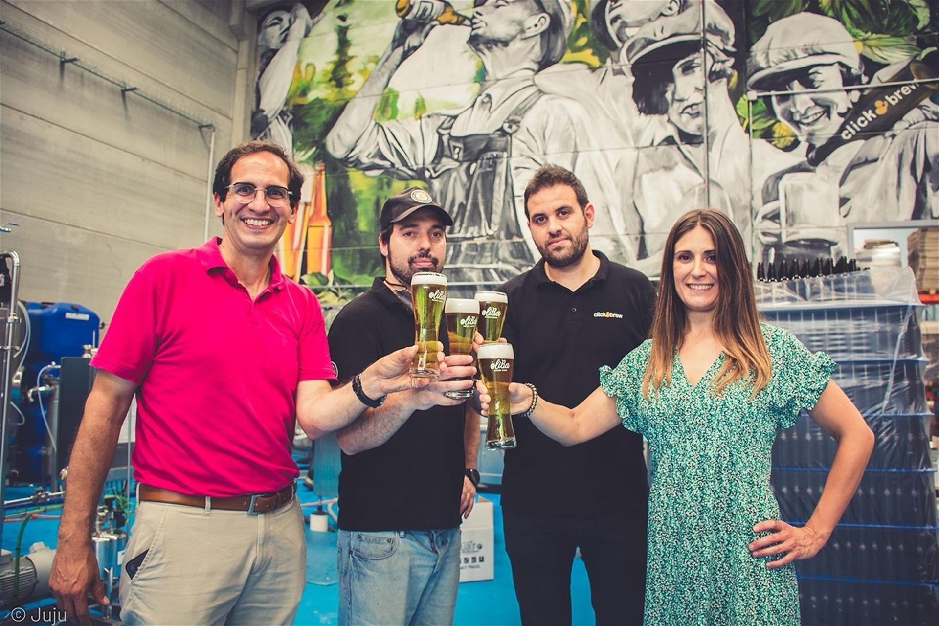 Ivan Caelles, CEO de OLIBA Green Beer, y Sandra López, gerente. Autor: Judit Rivas Molins