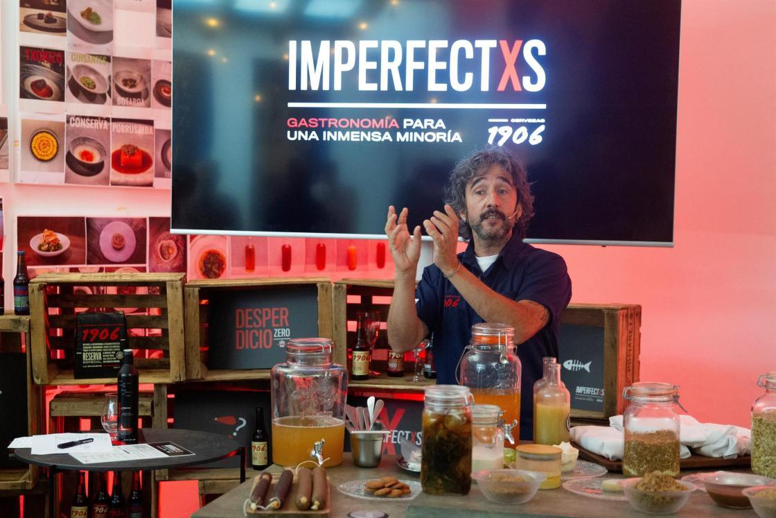 Madrid, 18 jun (EFE).- Presentación Proyecto Cervezas 1906 Imperfectxs. En la foto, el chef, Diego Guerrero. EFE/Javier Liaño