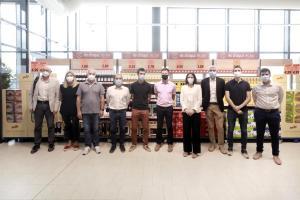 Lidl reinaugura su tienda de L'Escala (Girona) y fomenta el producto de proximidad en su apuesta con los proveedores catalanes.