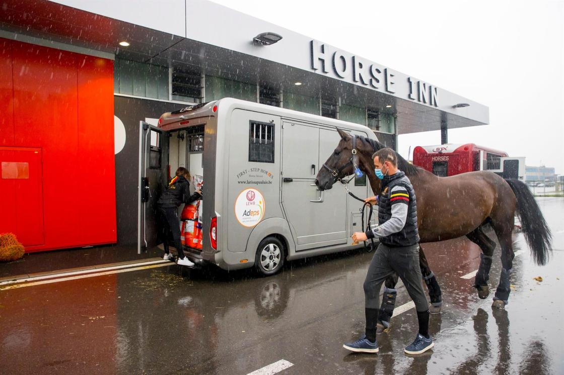 Domien Michiels and Intermezzo van het Meerdaalhof arriving at the airport. Departure of the horses to the Olympic Games in Tokyo from Liege - Belgium 2021 © FEI/Leanjo de Koster