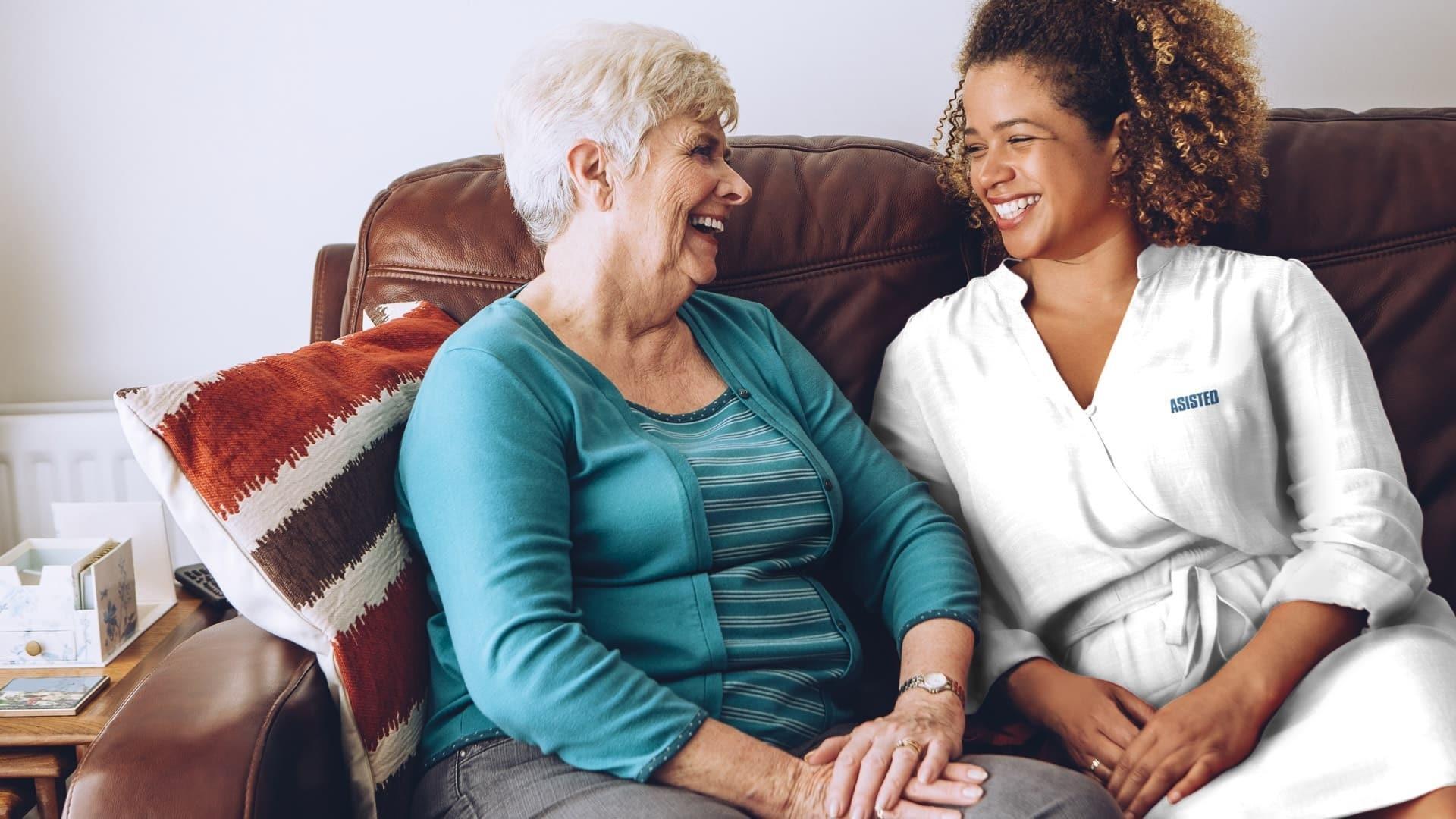 La asistencia domiciliaria de personas mayores mantiene tendencia al alza tras un incremento de solicitudes este verano