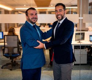 Fernando Fernández Ripoll (Socio de MOORE) y Daniel González.